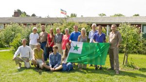 Esperanto er Martinus Instituts officielle internationale sprog, og hvert år er det en internation Esperanot uge i Martinus Center Klint