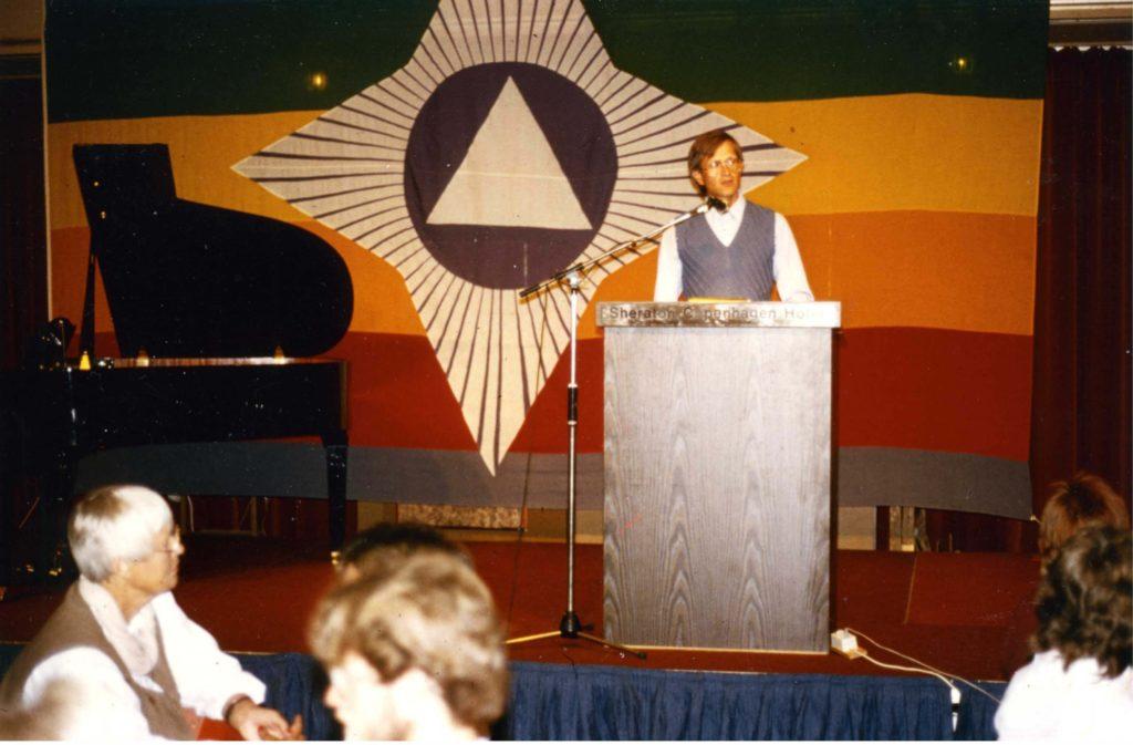 Ole Therkelsen talking on Martinus Cosmology at Hotel Sheraton at Martinus Birthday 11.08.1983