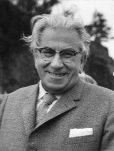 Martinus (1890-1981) fotograferet af Arne Henriksson i 1965 - altså 75 år gammel